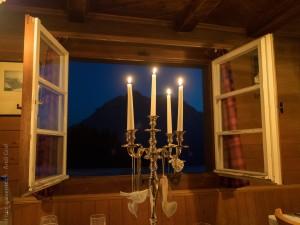 candlelight-397308_1920