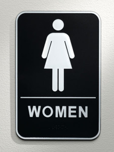 sev-ladies-room-sign-de