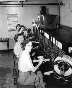 Telephone_operators,_1952